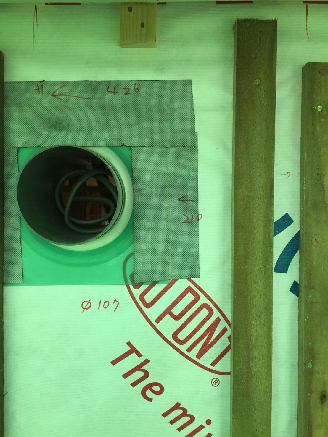配管等の穴明加工